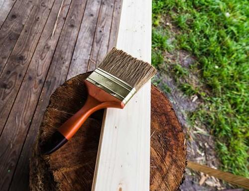 צבע לעץ ושימושיו